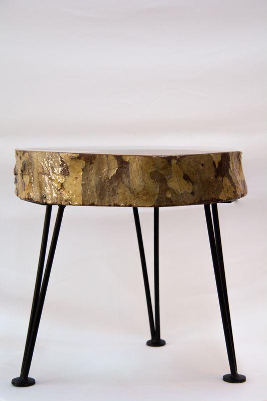 רגלי סיכה שניתן לחבר לכל שולחן שתרצו, בחנות קיימות גם פלטות עץ לעבודה עם אפוקסי